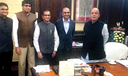 ITF and TEA representatives meet FM Arun Jaitley