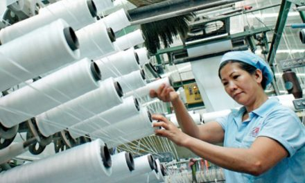 VN Ministry drafts legal amendments to boost textile and garment exports