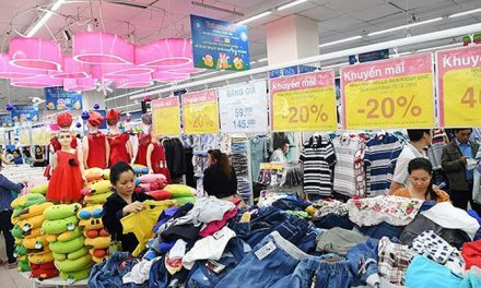 Garment firms struggle to fully penetrate into Vietnamese local market