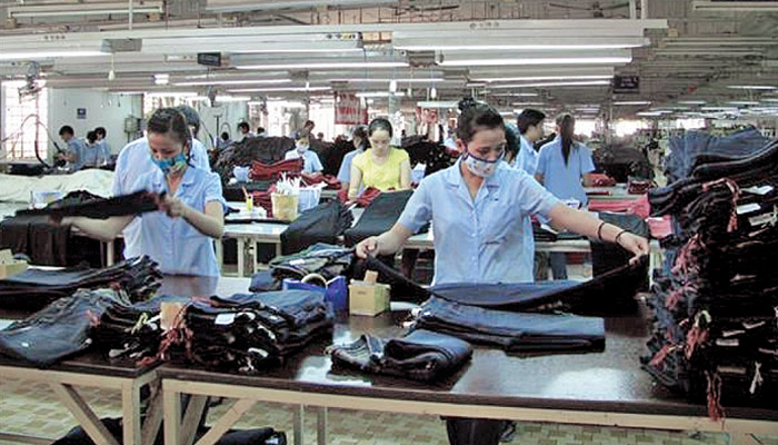 Decline in China's Apparel Exports Can India Take Advantage?