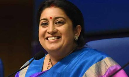 Industry welcomes Smriti Irani as Textiles Minister
