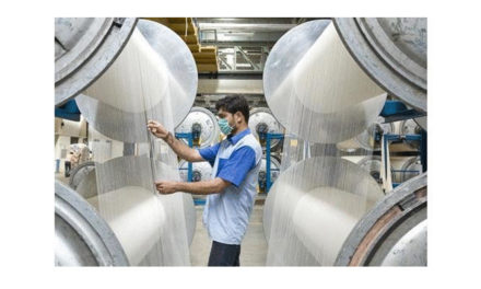 Spinning mills cut production by 15 percent in Gujarat