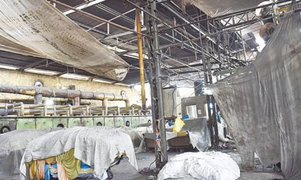 Textile mills on strike against 17 per cent sales tax in Pakistan